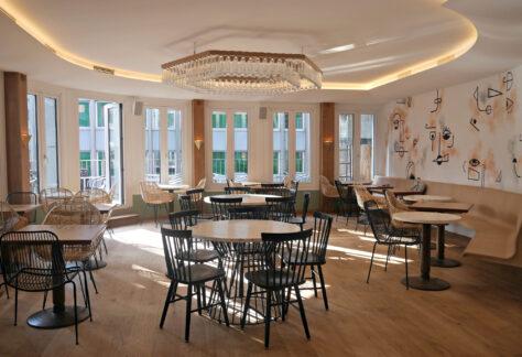 Beautiful-Loxton-dining-room
