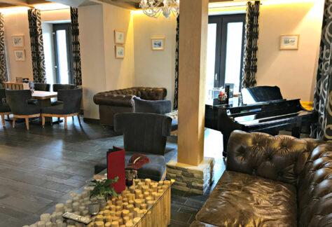 Hotel-National-Champéry-lobby