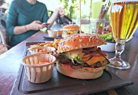 Burgersideview