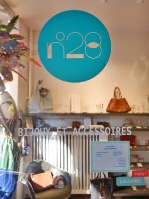 no28 door