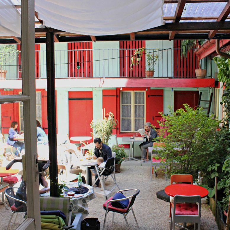 Terrace Les Alliés